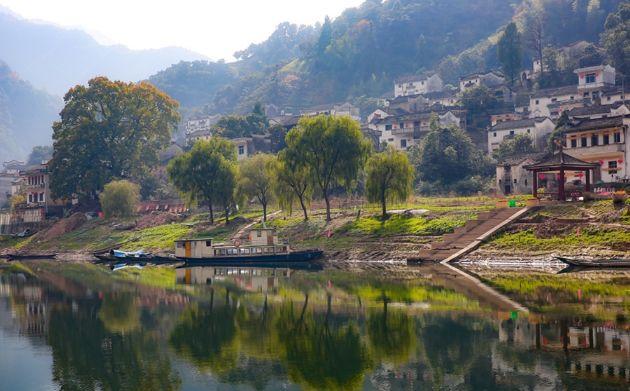 定位:黄山歙县深渡镇新安江山水画廊