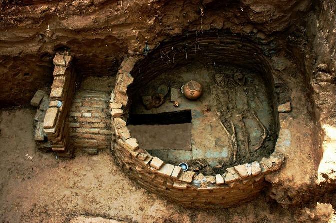 河北发现4座古墓+视频
