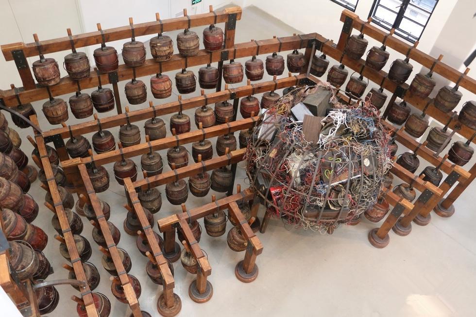 老式木制箱式马桶